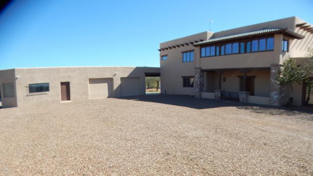 14120 N Skyhawk Drive, Tucson, AZ 85755 (#21903925) :: Long Realty - The Vallee Gold Team