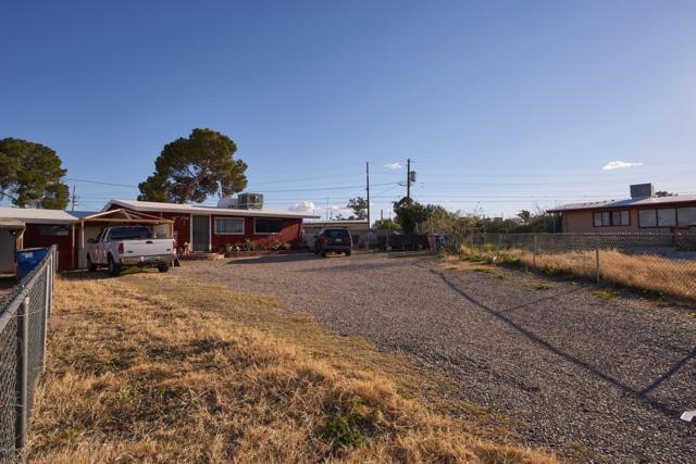 2116/2118 E 35th Street, Tucson, AZ 85713 (#21904067) :: The Josh Berkley Team