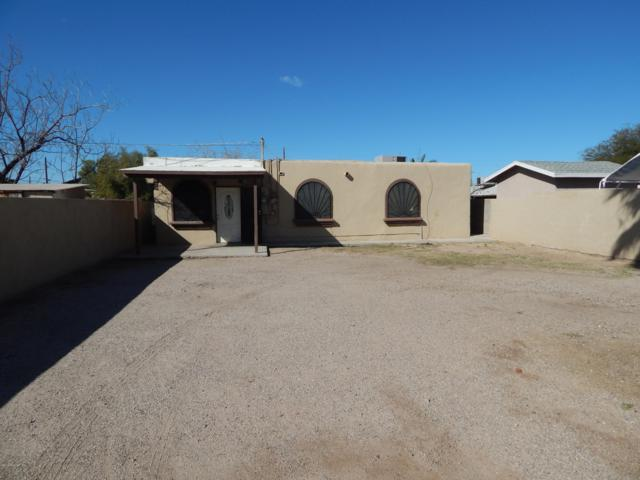 3140 S 10Th Avenue, Tucson, AZ 85713 (#21904300) :: Long Realty - The Vallee Gold Team