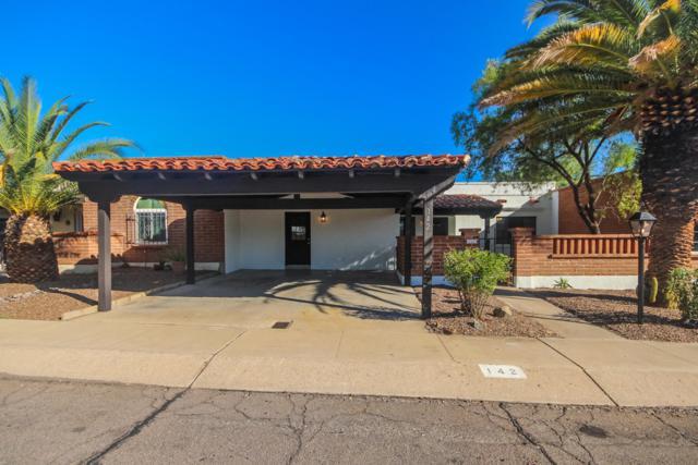 142 W Los Robles, Green Valley, AZ 85614 (#21904463) :: Long Realty Company