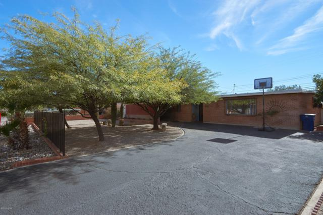 6950 E Calle Betelgeux, Tucson, AZ 85710 (#21905230) :: Long Realty - The Vallee Gold Team