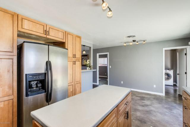 2116 N Treat Avenue, Tucson, AZ 85716 (#21905284) :: Long Realty Company