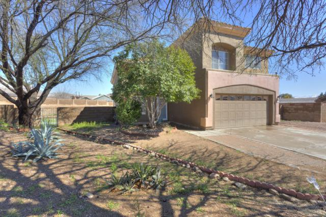 105 Mesa Court, Rio Rico, AZ 85648 (#21905470) :: Gateway Partners | Realty Executives Tucson Elite