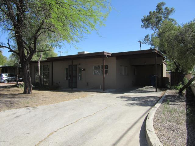 2808 E 17th Street, Tucson, AZ 85716 (#21905928) :: Long Realty - The Vallee Gold Team