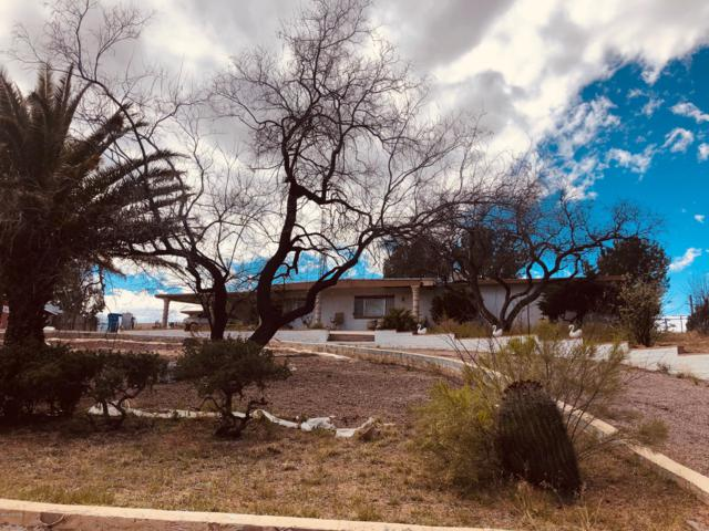 1241 W Quinta Canada, Nogales, AZ 85648 (#21907042) :: Keller Williams