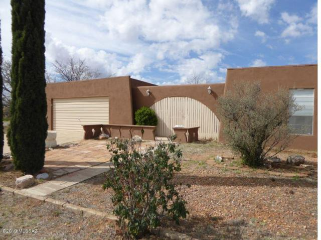 221 N Ford Street, Pearce, AZ 85625 (#21907541) :: Long Realty Company