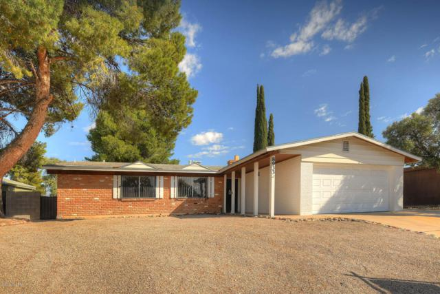 8933 E Pine Valley Drive, Tucson, AZ 85710 (MLS #21907776) :: The Property Partners at eXp Realty