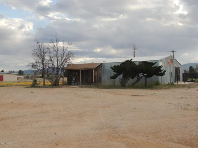 421 N Frontage Road, Pearce, AZ 85625 (#21907785) :: Long Realty - The Vallee Gold Team