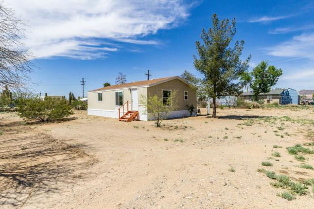 9146 W Floyd Street, Tucson, AZ 85735 (#21909000) :: Long Realty - The Vallee Gold Team