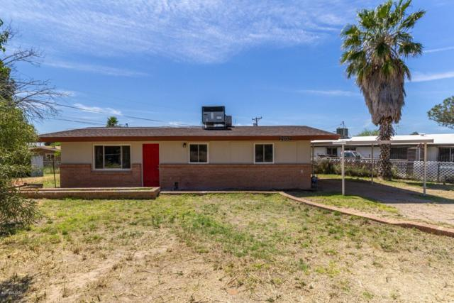 2032 E 32nd Street, Tucson, AZ 85713 (#21909300) :: Long Realty - The Vallee Gold Team