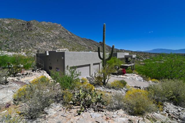 4215 E La Paloma Drive, Tucson, AZ 85718 (#21909878) :: Long Realty - The Vallee Gold Team