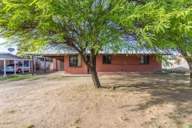 4457 E 17Th Street, Tucson, AZ 85711 (#21909929) :: Long Realty - The Vallee Gold Team