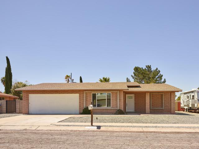 7480 E Rio Vista Circle, Tucson, AZ 85715 (#21910181) :: The Josh Berkley Team