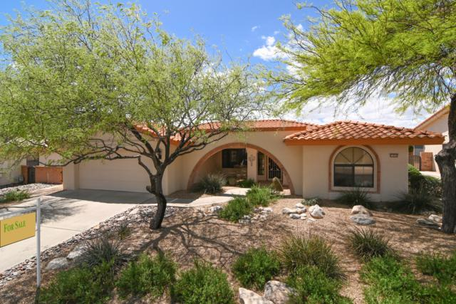 1056 E Desert Glen Drive, Oro Valley, AZ 85737 (#21910569) :: Long Realty - The Vallee Gold Team