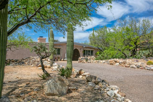 6921 N Montezuma Drive, Tucson, AZ 85718 (#21910624) :: Long Realty - The Vallee Gold Team
