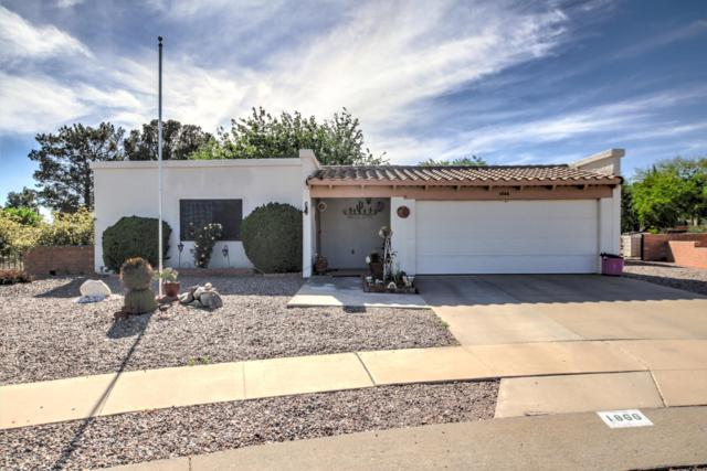 1866 S Abrego Drive, Green Valley, AZ 85614 (#21910848) :: Long Realty Company