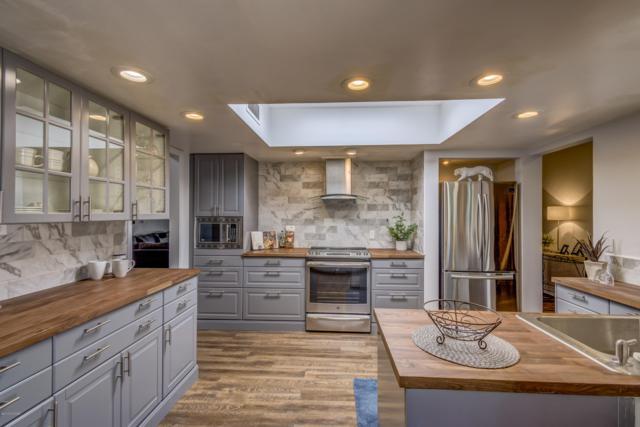 5809 N Placita Esplendora, Tucson, AZ 85718 (#21911133) :: The Local Real Estate Group | Realty Executives