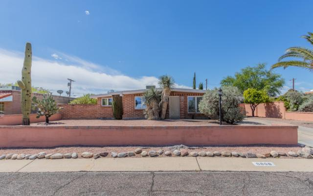 6808 E 12Th Street, Tucson, AZ 85710 (#21911136) :: The Josh Berkley Team