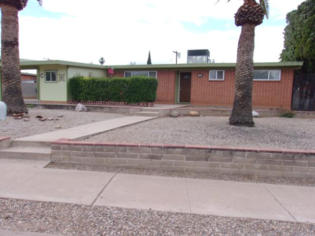 7120 E Sylvane Drive, Tucson, AZ 85710 (#21911271) :: The Josh Berkley Team
