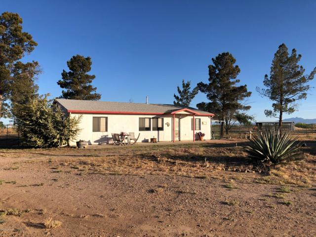13384 S Cottonwood Road, Pearce, AZ 85625 (#21912065) :: The Local Real Estate Group | Realty Executives