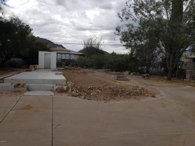 5666 W Flying M Street #92, Tucson, AZ 85713 (#21912156) :: Long Realty - The Vallee Gold Team