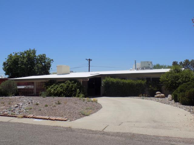 7024 E Kirkland Drive, Tucson, AZ 85710 (#21912460) :: Keller Williams