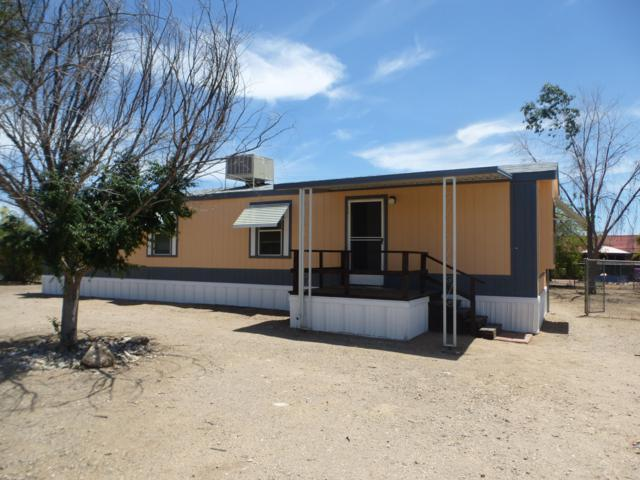 9015 W Claude Street, Tucson, AZ 85735 (#21913151) :: Keller Williams