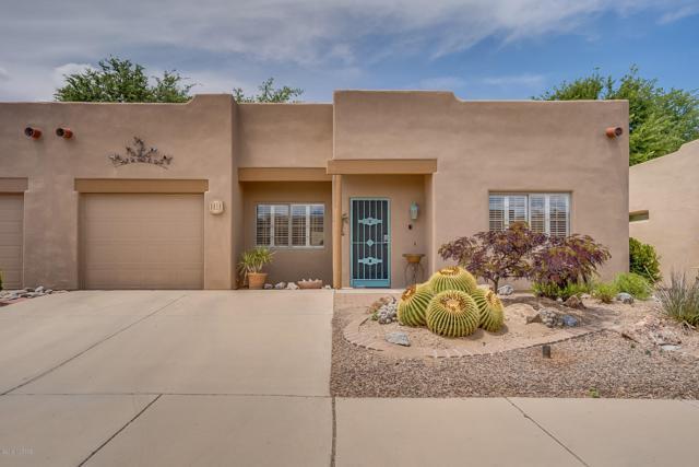 3818 S Camino Del Golfista, Green Valley, AZ 85614 (#21913430) :: The Josh Berkley Team