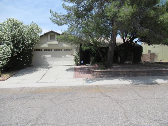 5240 W Eaglestone Loop, Tucson, AZ 85742 (#21913481) :: The Josh Berkley Team