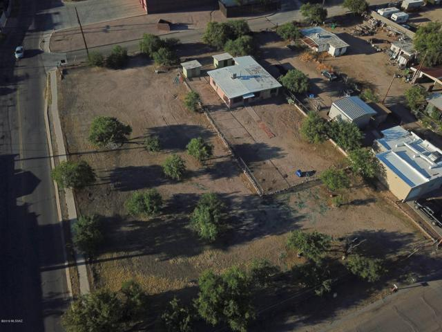 1650 W Riverview Boulevard, Tucson, AZ 85745 (#21913695) :: Long Realty Company