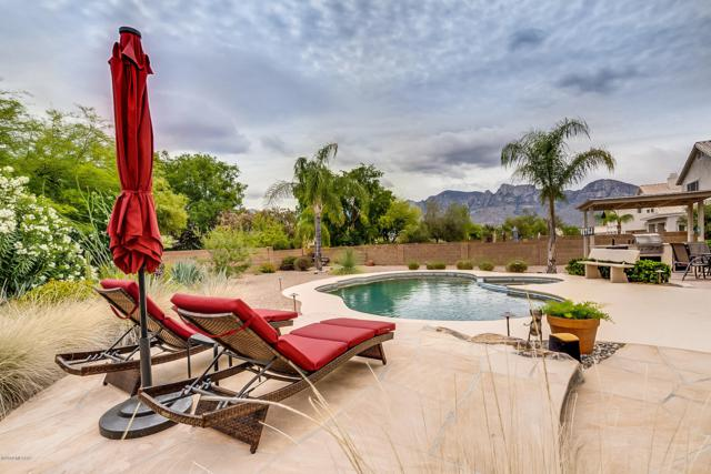 12340 N Echo Valley Drive, Oro Valley, AZ 85755 (MLS #21913771) :: The Property Partners at eXp Realty
