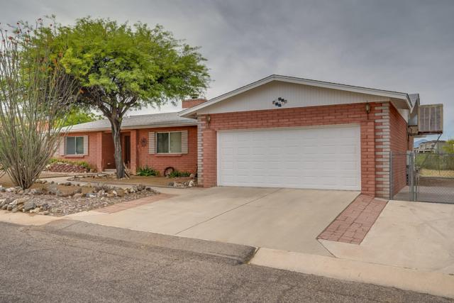 111 W Forrest Feezor Street, Corona de Tucson, AZ 85641 (#21913998) :: Long Realty Company