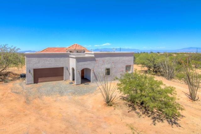 7506 W Bucking Horse Road, Sahuarita, AZ 85629 (#21914875) :: The Josh Berkley Team
