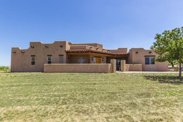 3402 W Thunder Pass Road, Benson, AZ 85602 (#21915092) :: The Josh Berkley Team