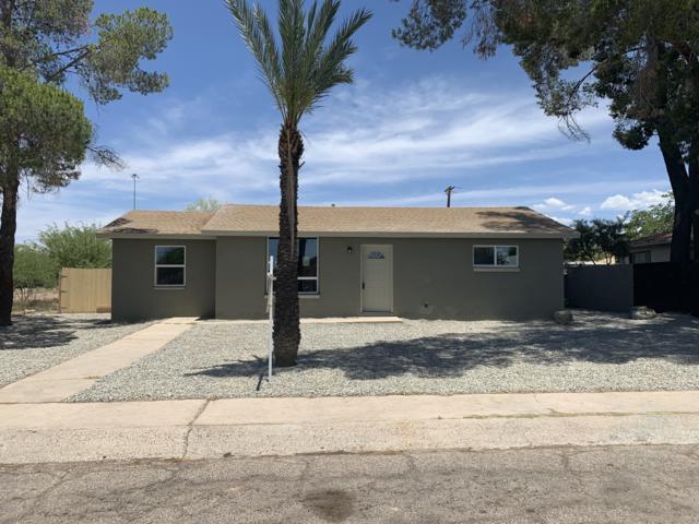958 W Calle Medina, Tucson, AZ 85756 (#21915757) :: Long Realty Company