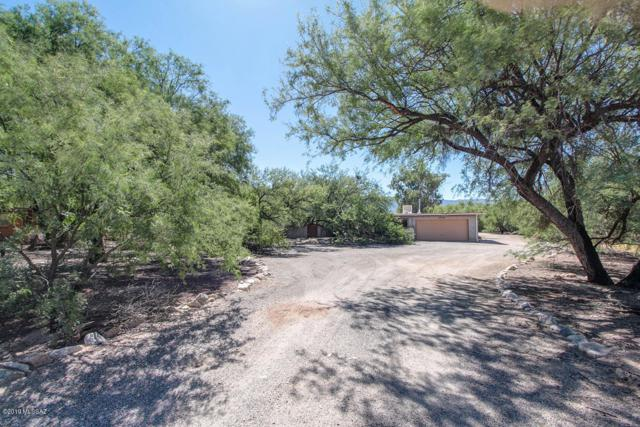 11122 E Rusty Spur Place, Tucson, AZ 85749 (#21915942) :: Long Realty - The Vallee Gold Team