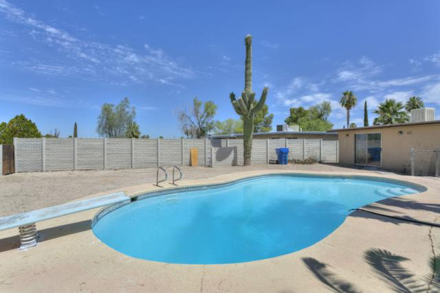 9412 E Deer Trail Place, Tucson, AZ 85710 (#21916265) :: Tucson Property Executives