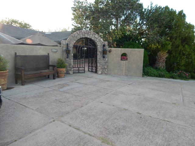 1476 E Bristol Drive, Nogales, AZ 85621 (#21916320) :: Long Realty - The Vallee Gold Team