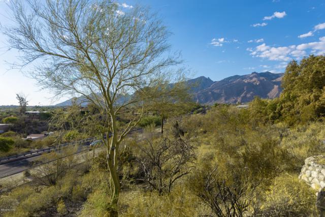 4955 N Camino Esplendora, Tucson, AZ 85718 (#21917834) :: Luxury Group - Realty Executives Tucson Elite