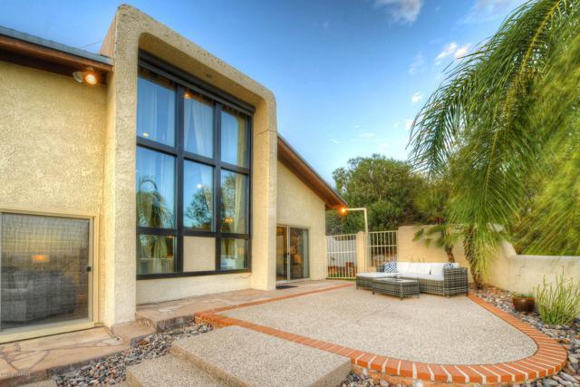 6092 E Paseo Cimarron, Tucson, AZ 85750 (#21917935) :: Luxury Group - Realty Executives Tucson Elite