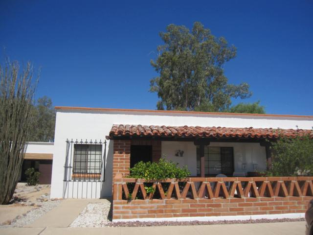 423-A S Paseo Lobo, Green Valley, AZ 85614 (#21917992) :: The Local Real Estate Group | Realty Executives