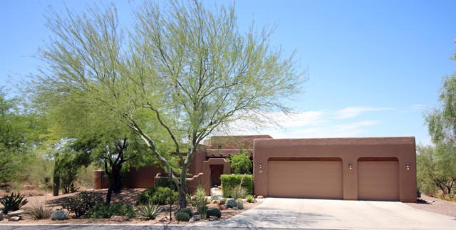 2425 W Crow Wash Place, Oro Valley, AZ 85742 (#21918778) :: The Local Real Estate Group | Realty Executives