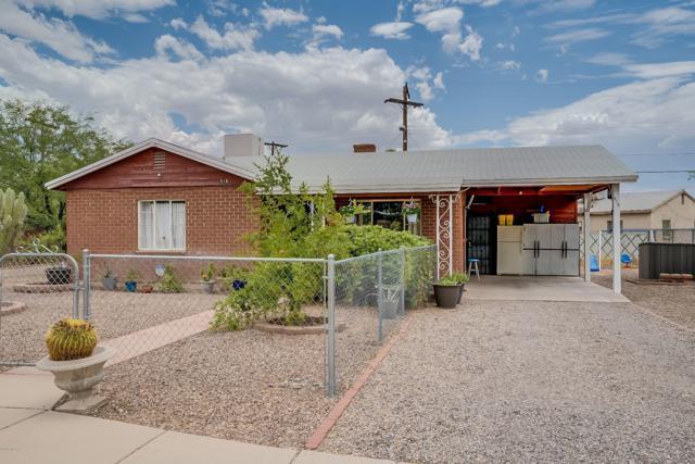 518 E Flores Street, Tucson, AZ 85705 (#21918779) :: The Josh Berkley Team