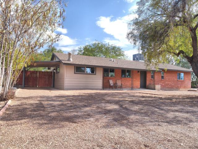 902 S Carnegie Drive, Tucson, AZ 85710 (#21919128) :: Long Realty - The Vallee Gold Team