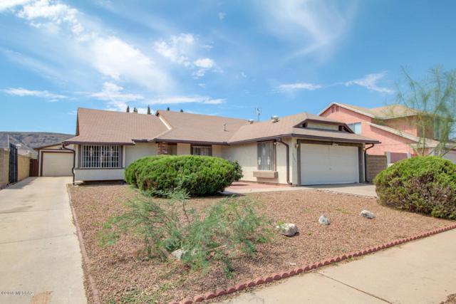 3101 W Calle De La Bajada, Tucson, AZ 85746 (#21919140) :: The Josh Berkley Team