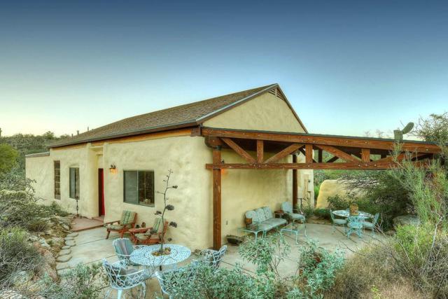 2555 W Tortolita Hills Trail, Tucson, AZ 85755 (#21919220) :: Realty Executives Tucson Elite