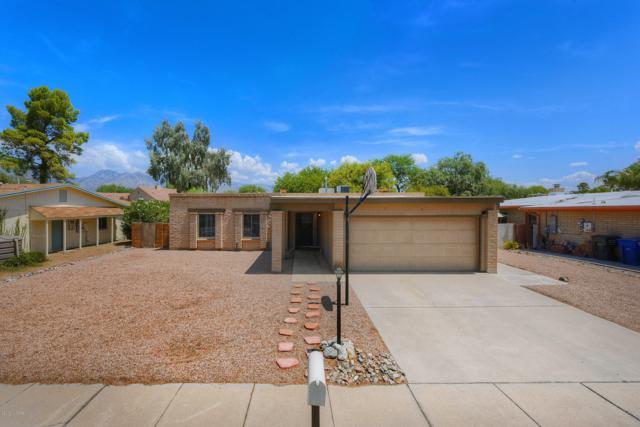 7541 E La Cienega Drive, Tucson, AZ 85715 (#21919936) :: Long Realty - The Vallee Gold Team