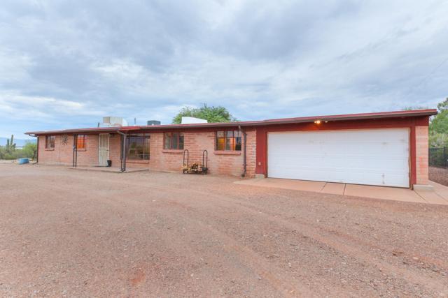 3949 W El Camino Del Cerro, Tucson, AZ 85745 (MLS #21920938) :: The Property Partners at eXp Realty