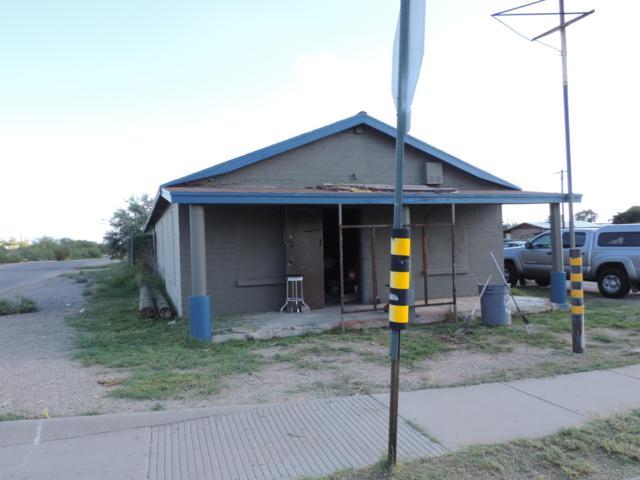 432 E Michigan Drive, Tucson, AZ 85714 (#21921125) :: The Josh Berkley Team