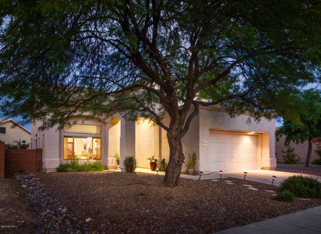 11076 N Eagle Crest Drive, Oro Valley, AZ 85737 (#21921186) :: Keller Williams